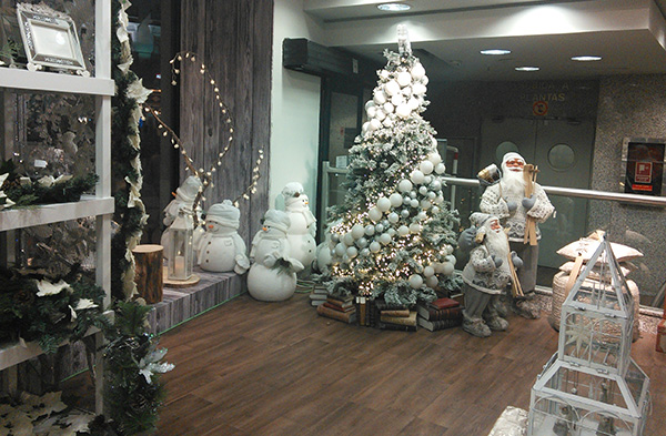 El corte ingles grazia espa a for Adornos de navidad el corte ingles